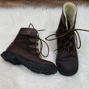 Khombu Brown Leather Winter Boots